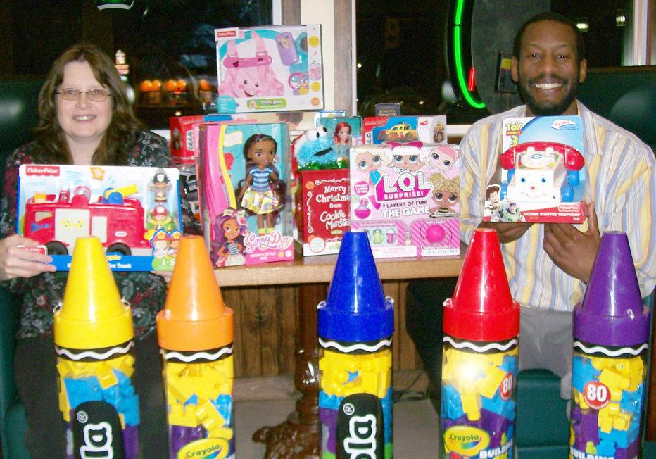 Lori Benjamin & Julian Dawson - Toys Kiwanis
